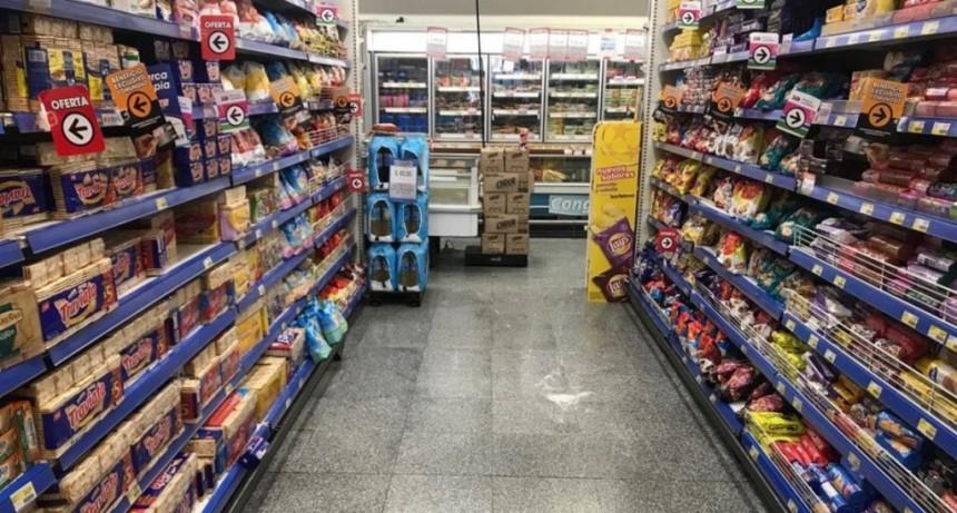 Por la suba del dólar, suspenden entregas de productos a supermercados hasta acordar aumentos
