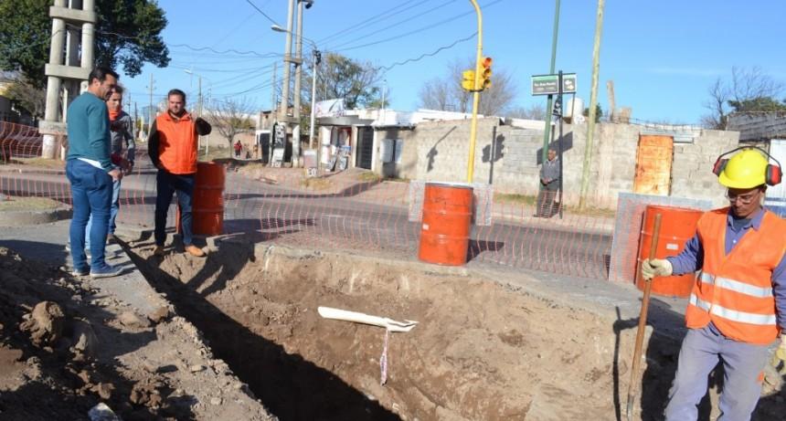 El Gobierno dio inicio a la obra de desagües sobre el corredor vial Eva Perón