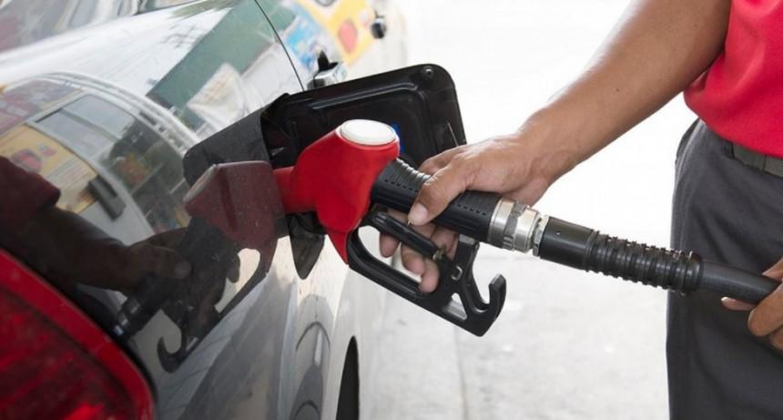 Santa Cruz y Tierra del Fuego apelan a la Corte para frenar el congelamiento en las naftas