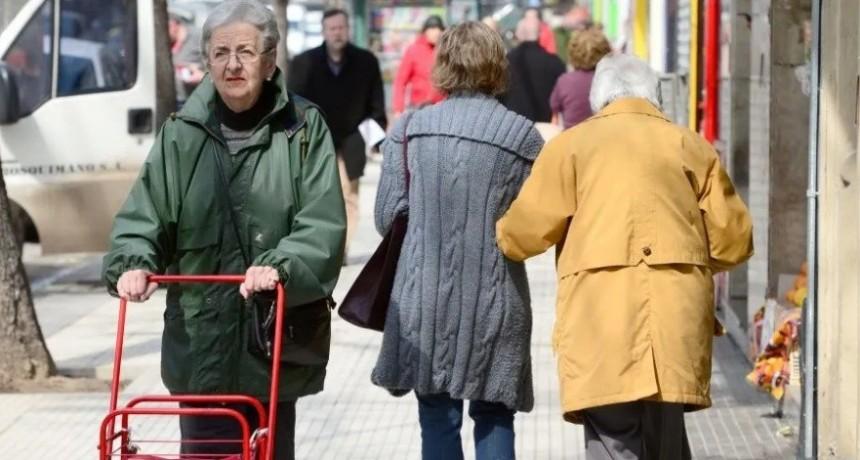 Jubilaciones subirán el 8,7% en diciembre