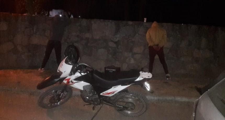 El Trapiche: detuvieron a dos jóvenes con droga y elementos de dudosa procedencia