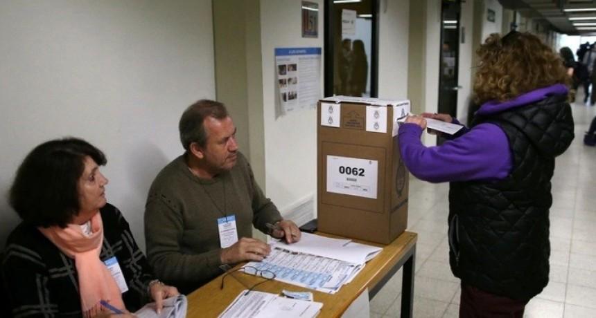 Tras el terremoto de las PASO, cuáles son las elecciones pendientes y qué se juega en cada provincia