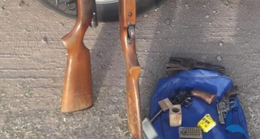 Suyuque: en un control Policía Caminera secuestró armas de fuego y municiones