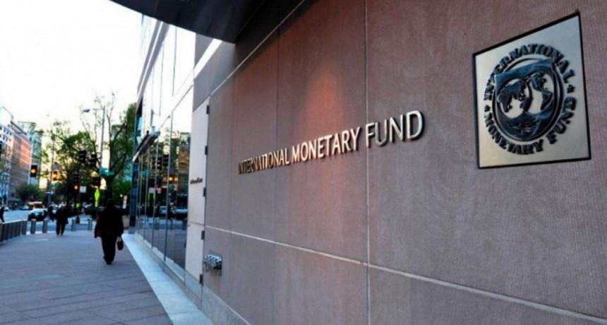 El FMI anunció que analizará el reperfilamiento y seguirá al lado de la Argentina