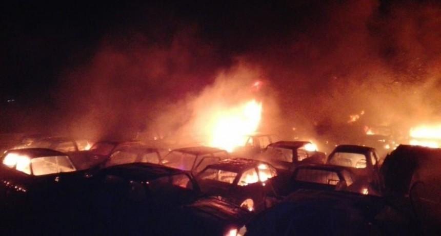 San Luis: Extinguieron el incendio del Depósito Judicial