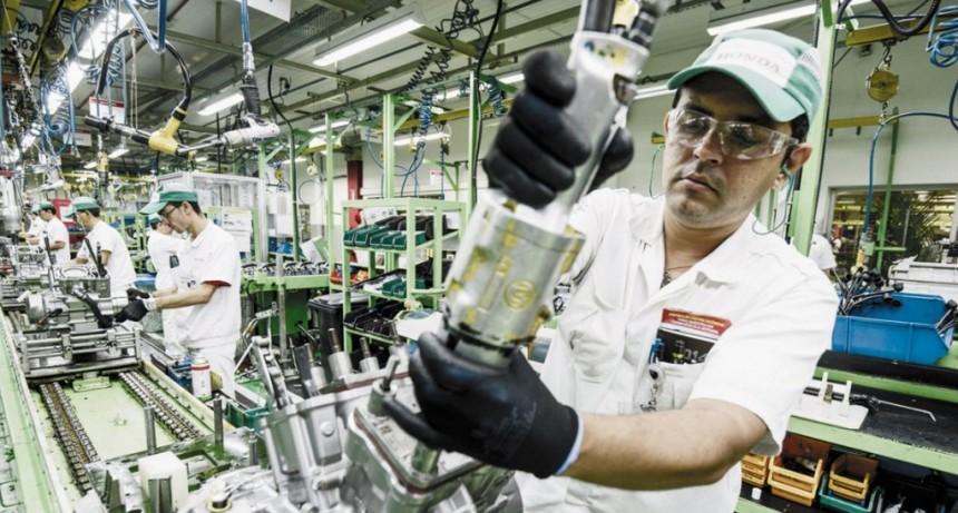 Las Pymes piden pesificar el valor de la energía y congelar tarifas por seis meses