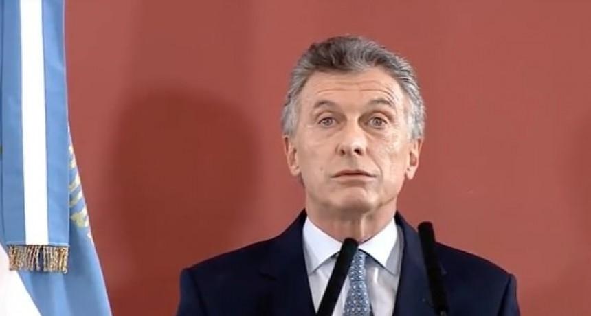 """Macri dijo que el aumento de la pobreza """"refleja la turbulencia"""" por la que pasa el país"""