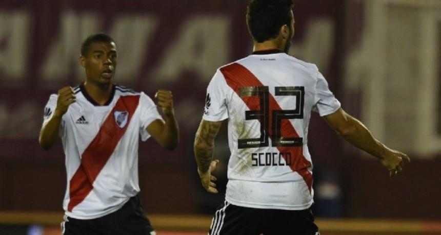 Entonado por el Superclásico, River goleó a Lanús