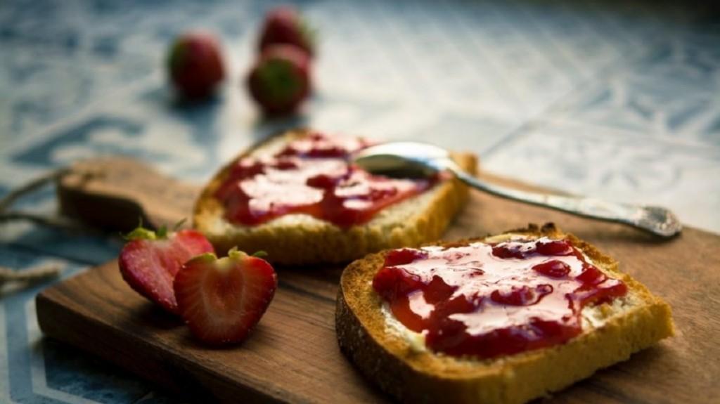 La ANMAT prohibió la venta de dos mermeladas y una miel