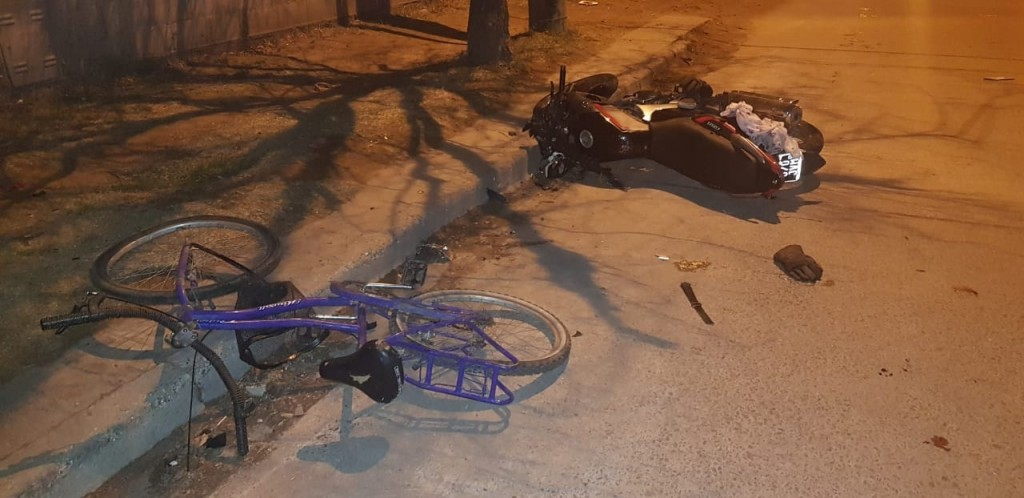 Villa Mercedes: una niña permanece internada al ser embestida por una moto