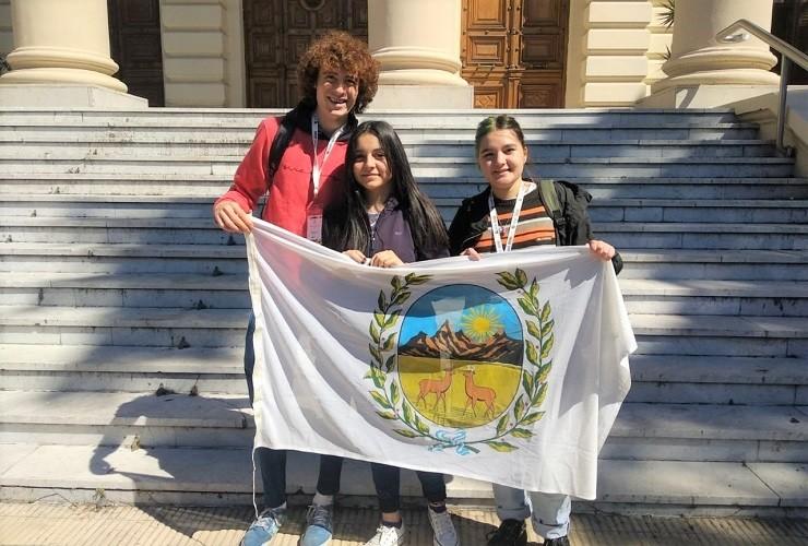 Tres estudiantes de San Luis participaron del Parlamento Federal Juvenil INADI