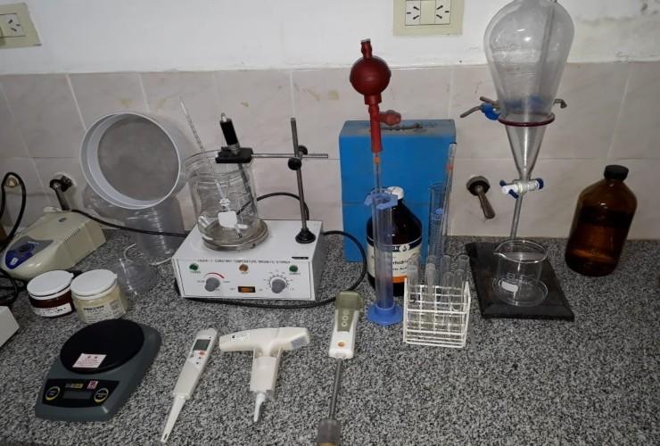 Con el asesoramiento del Ministerio de Producción, Candelaria habilitó un laboratorio para análisis de triquinosis