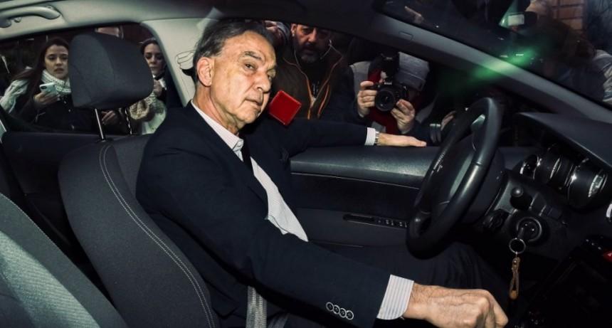 Pichetto aseguró que si Macri gana levantará el control de cambios al otro día