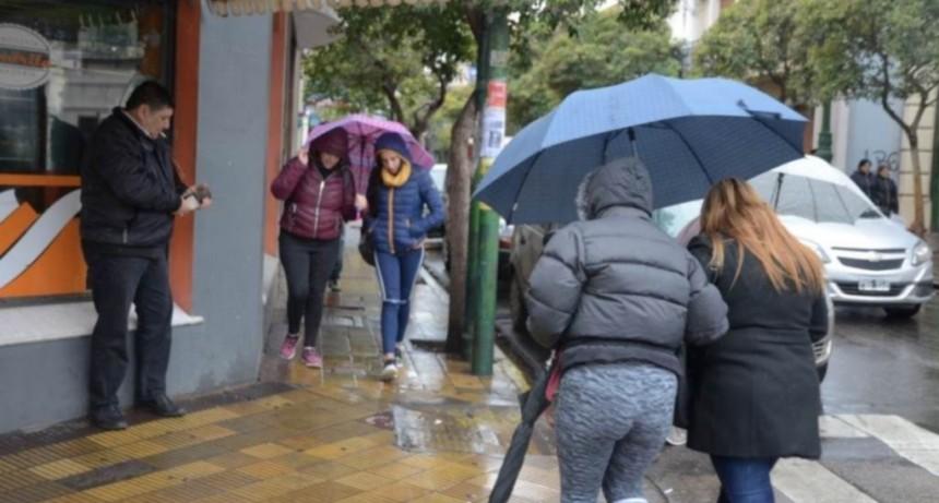 Tras casi dos meses sin precipitaciones comenzó la semana con lluvia