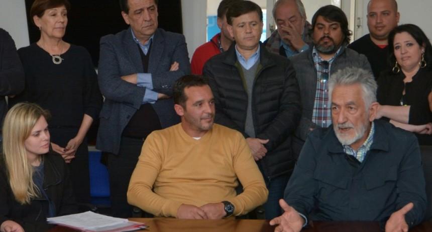 """""""El Gobierno va a tomar todas las medidas que pueda para que nuestro pueblo no tenga hambre"""": Alberto Rodríguez Saá"""