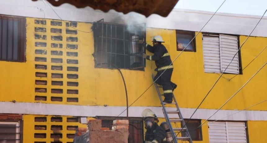 San Luis: se incendió un departamento del Barrio José Hernández