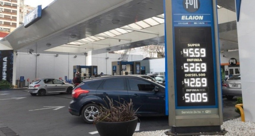 Nuevos precios de los combustibles: cuánto vale el litro de nafta en cada compañía