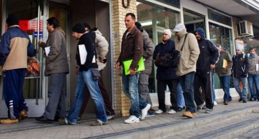 Economistas coinciden en que el desempleo aumentará en los próximos tres meses