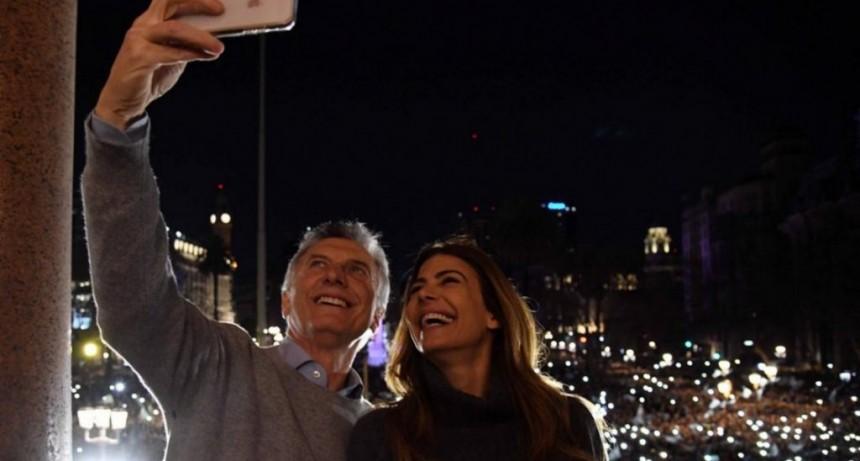 Macri encabeza en Belgrano la primera de las 30 marchas que hará antes de las elecciones