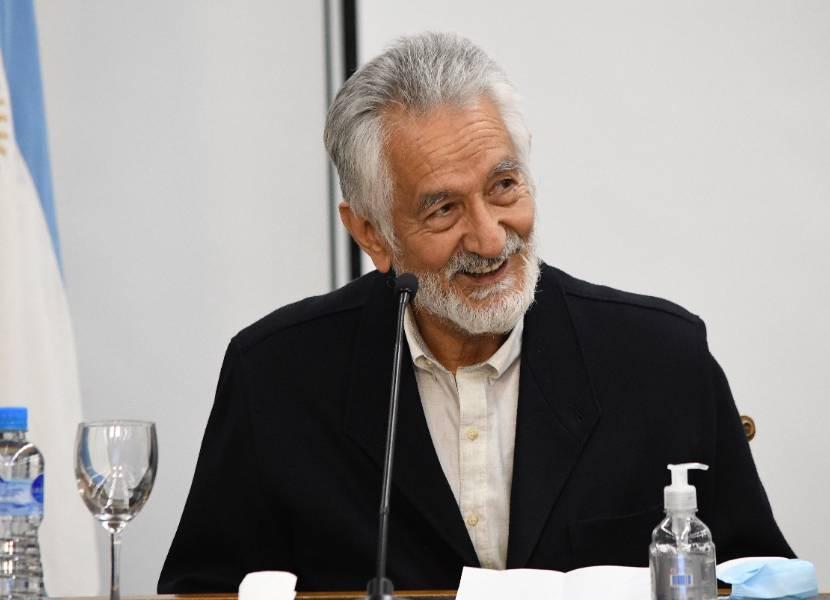 El gobernador anunció una batería de medidas sociales y económicas para la reconstrucción de San Luis