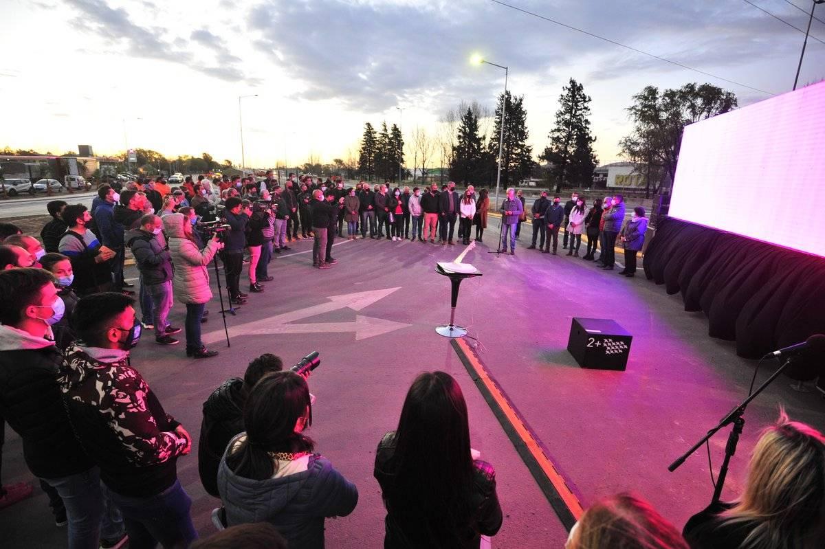 El gobernador inauguró las obras en el ingreso a Villa Mercedes por Avenida Mitre
