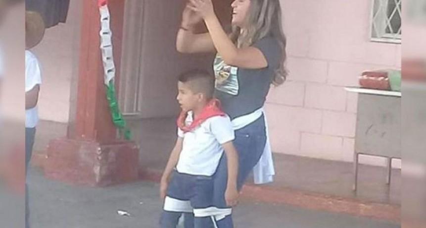 Nene con discapacidad pudo bailar gracias a su maestra