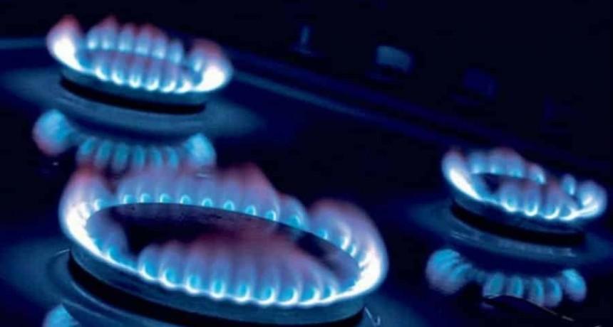 """Gas: usuarios """"compensarán"""" con $10.000 millones a distribuidoras por la devaluación"""