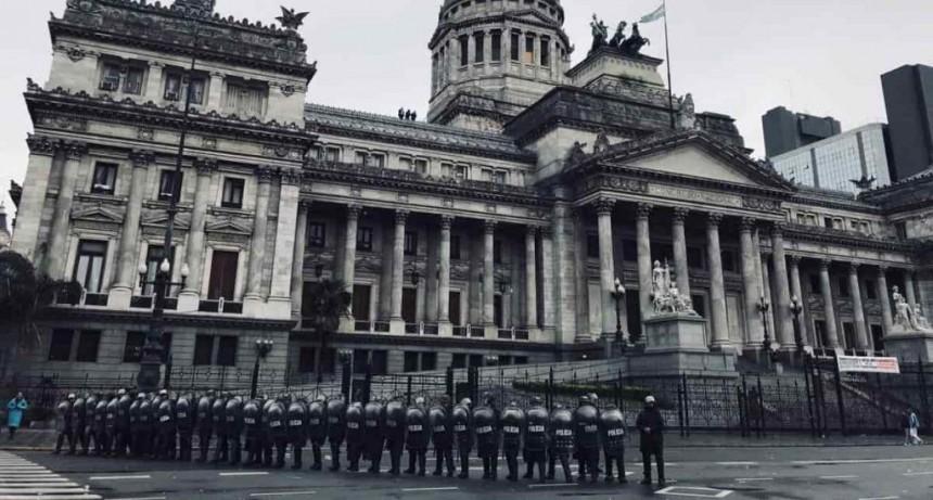 Cruces entre Carrió y la oposición por los incidentes en Congreso