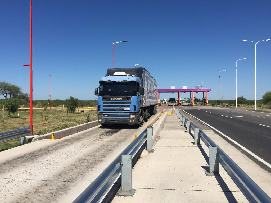 Ente Control de Rutas: en septiembre se realizaron más de 750 multas por exceso de peso