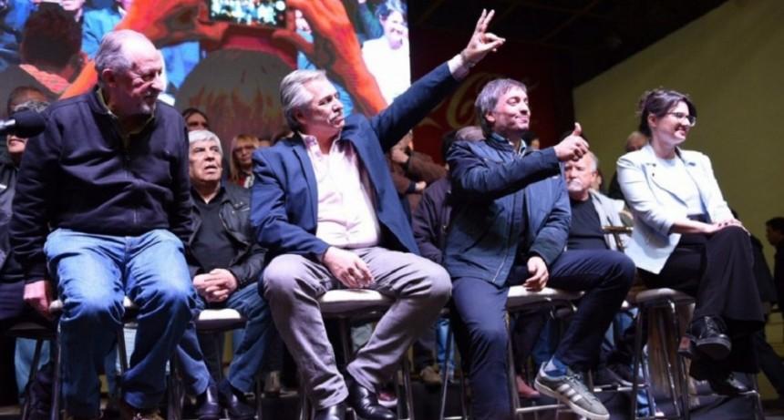 Con Alberto Fernández en primera fila, la CTA oficializó su unificación con la CGT