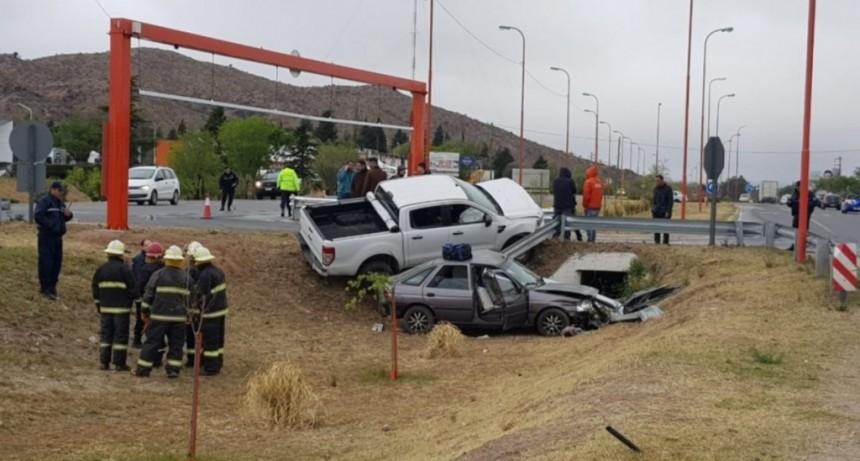 San Luis: falleció el conductor del auto que chocó con una camioneta en avenida Santos Ortiz