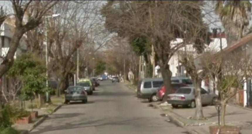 Estaban saliendo para la peregrinación a Luján y los asaltaron en la puerta de su casa
