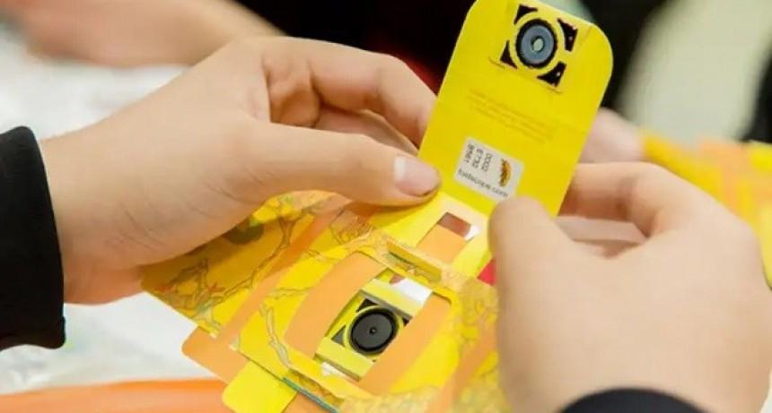 Inicia la entrega de Foldscopes a alumnos de la ciudad de San Luis