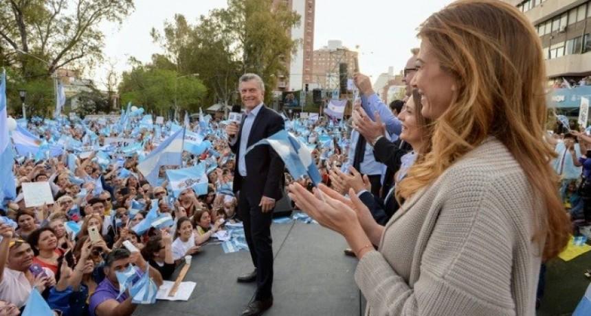 """""""Las dos vidas por supuesto, todo con Dios, que nos da la fuerza todos los días"""": En un acto en Neuquén, Macri volvió a hablar del aborto"""
