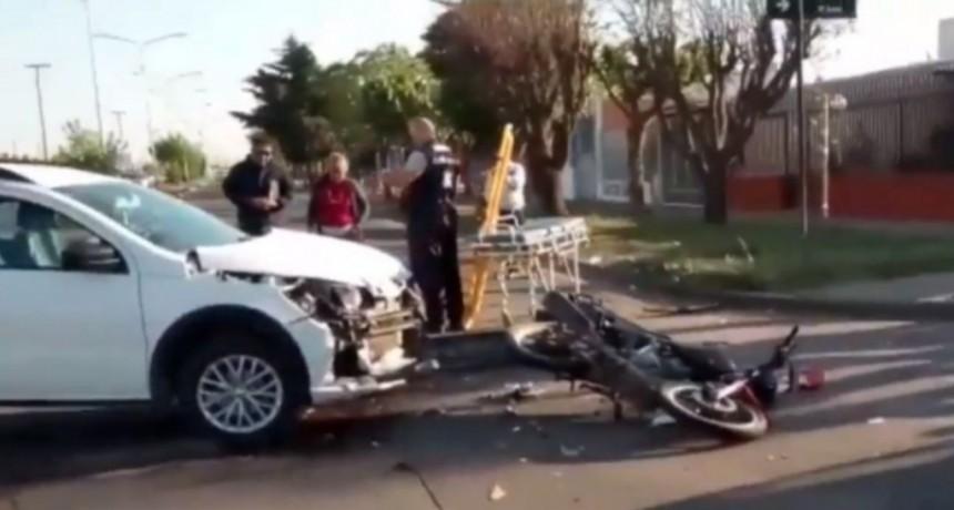 San Luis: un motociclista terminó herido tras chocar con una camioneta