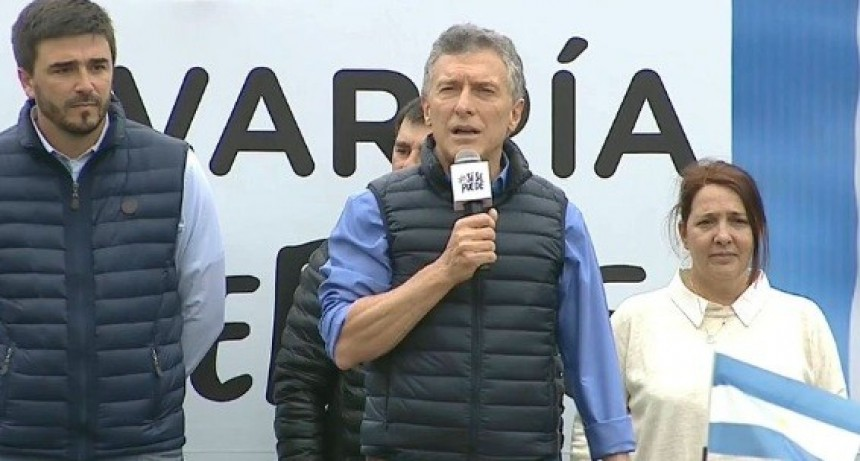 """""""Uno está con la familia y la vida o con los delincuentes y el narcotráfico"""": Macri en Olavarría"""