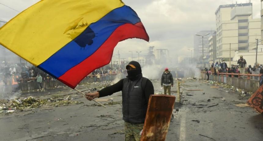 Ecuador: Lenín Moreno deroga el ajuste tras 12 días de protestas