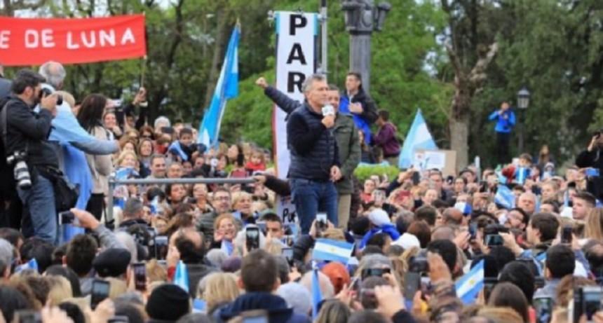 Macri, en la marcha de Entre Ríos insistió con que ahora viene la creación de empleo