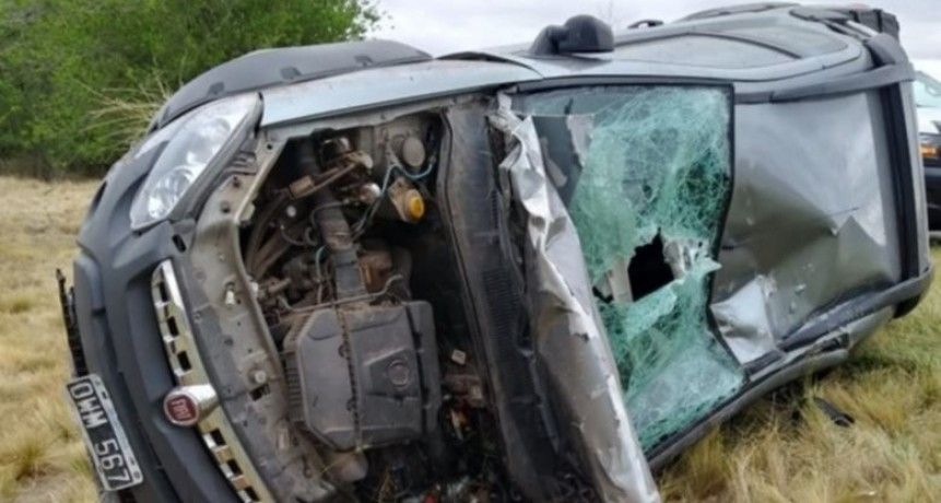 San José del Morro: un auto volcó al esquivar un jabalí que se cruzó en la ruta