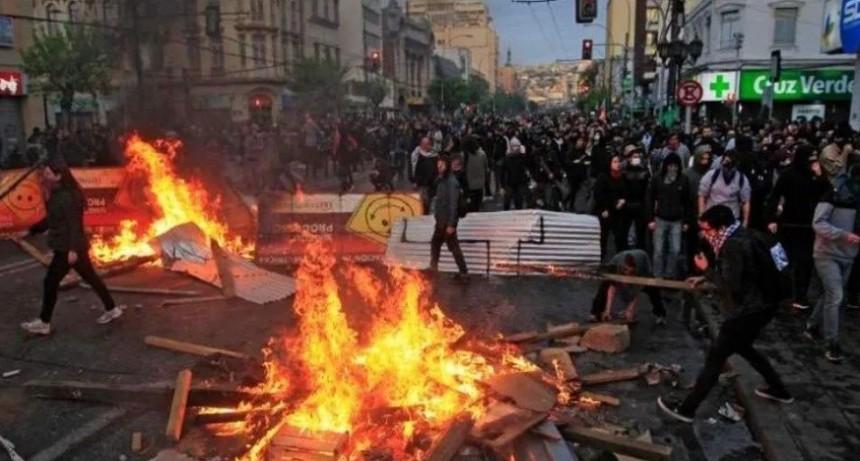 Asciende a 13 el número de muertos por las revueltas en Chile