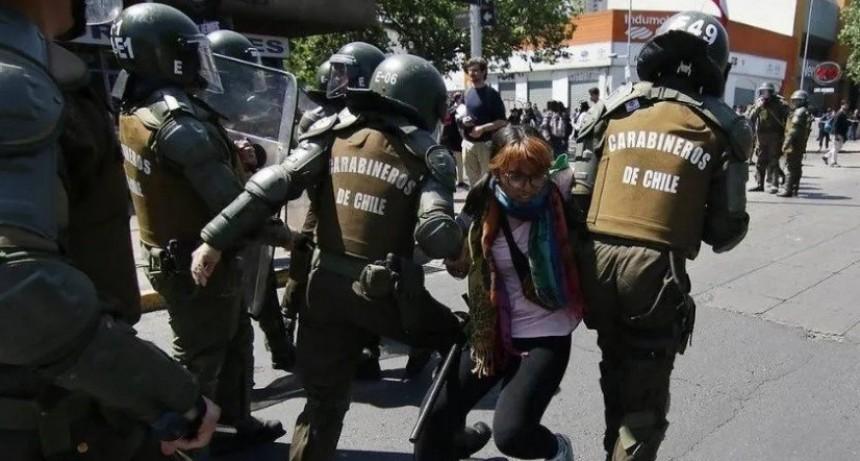 Denuncian abusos sexuales a mujeres detenidas en Chile