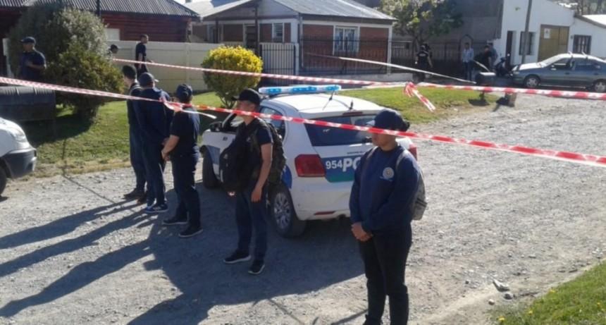 Femicidio en Esquel: un hombre golpeó y estranguló a su mujer con un cable