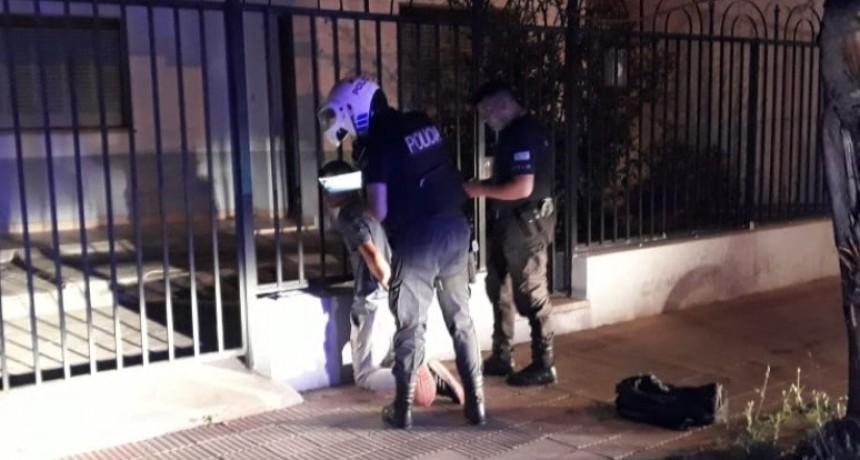 San Luis: detuvieron a un hombre que quiso robar en una casa
