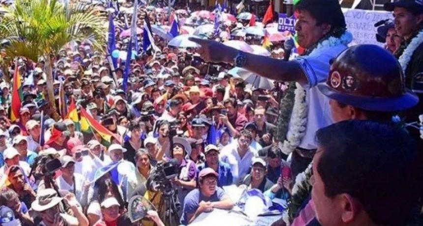 Evo Morales promete balotaje si hay fraude