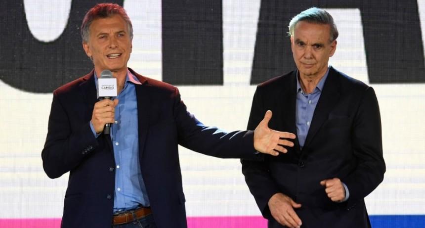 Mauricio Macri reconoció la derrota e invitó a Alberto Fernández a desayunar mañana en la Casa Rosada