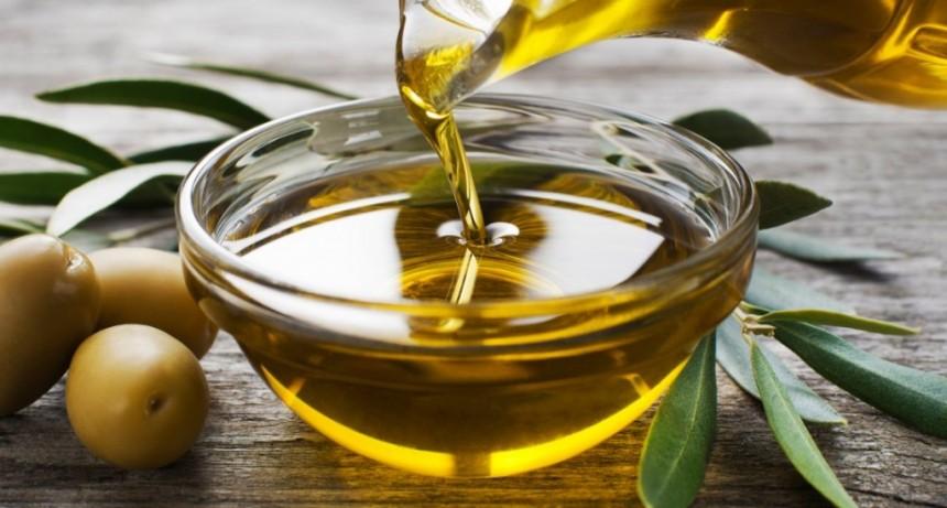 La Anmat prohibió un aceite de oliva y dos productos médicos