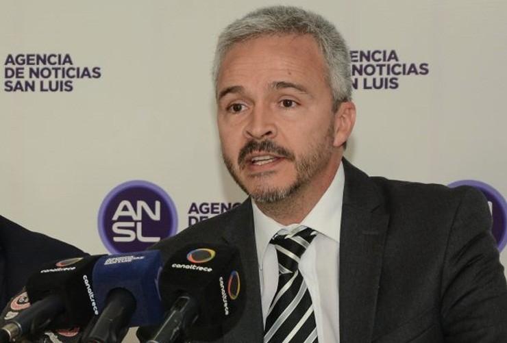 """El Gobierno de San Luis le pidió a la Justicia Federal que se ordene el levantamiento de los cortes de rutas e investigue a los """"promotores de un caos social"""""""