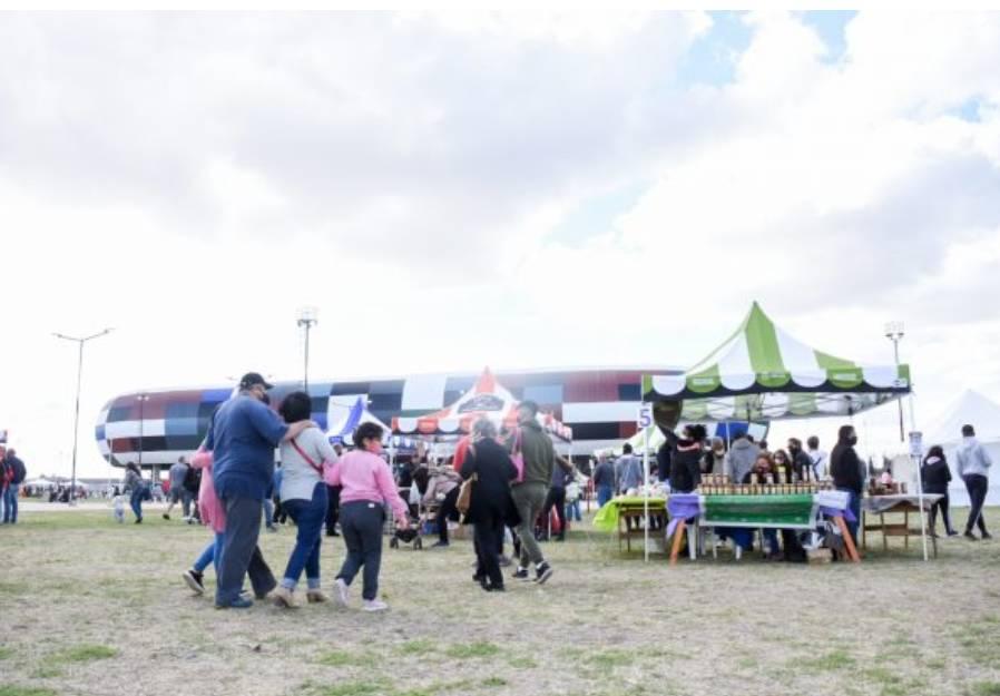 Vuelve La Feria de Pequeños y Medianos Productores al Parque La Pedrera