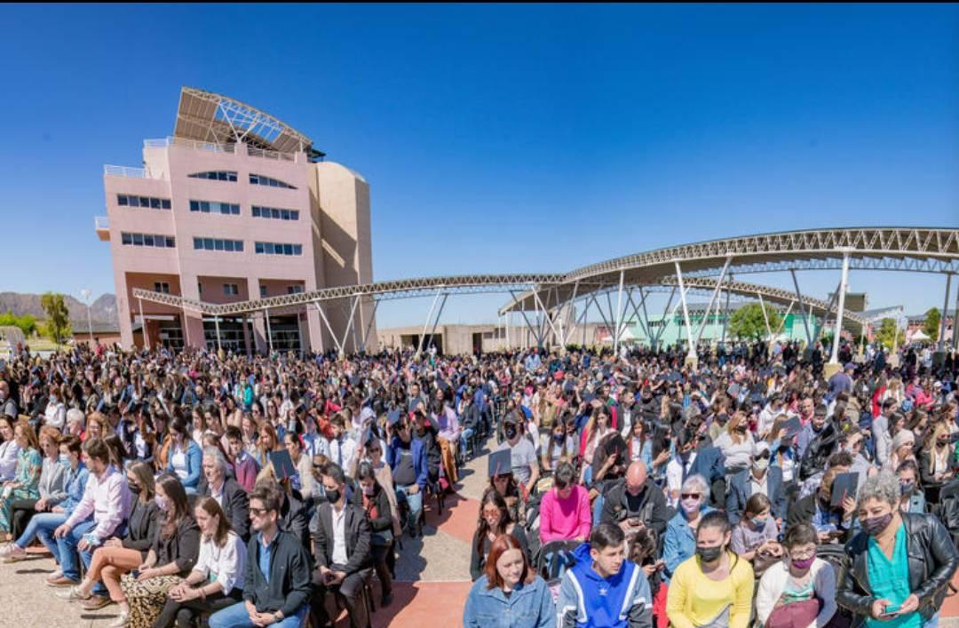 La ULP realizó el acto de egreso de mas de 3.000 alumnos