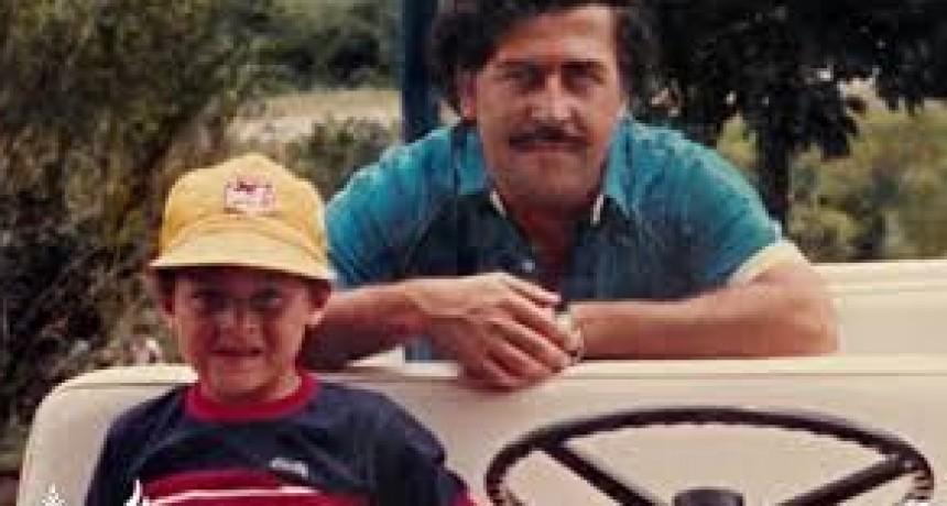Cuál fue la reacción del hijo de Pablo Escobar al saber que el capo narco había violado a su madre